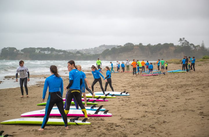free surf lessons in orewa auckland
